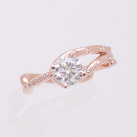 Rose gold twig ring image 1